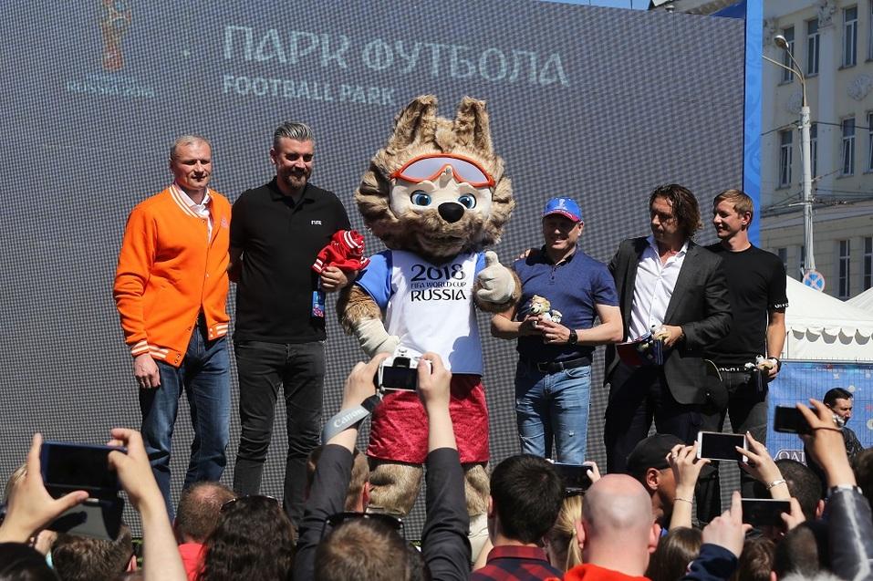 Праздник футбола прошел в Нижнем Новгороде. ФОТОРЕПОРТАЖ 1