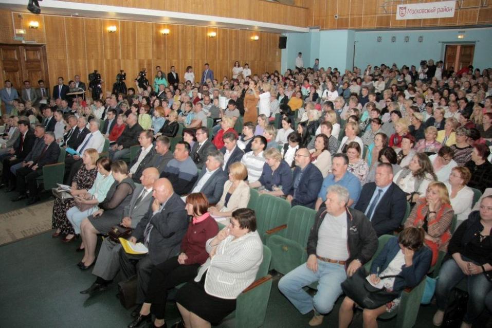 «Трудные и застарелые вопросы». Нижегородский мэр выслушал жителей Московского района 1