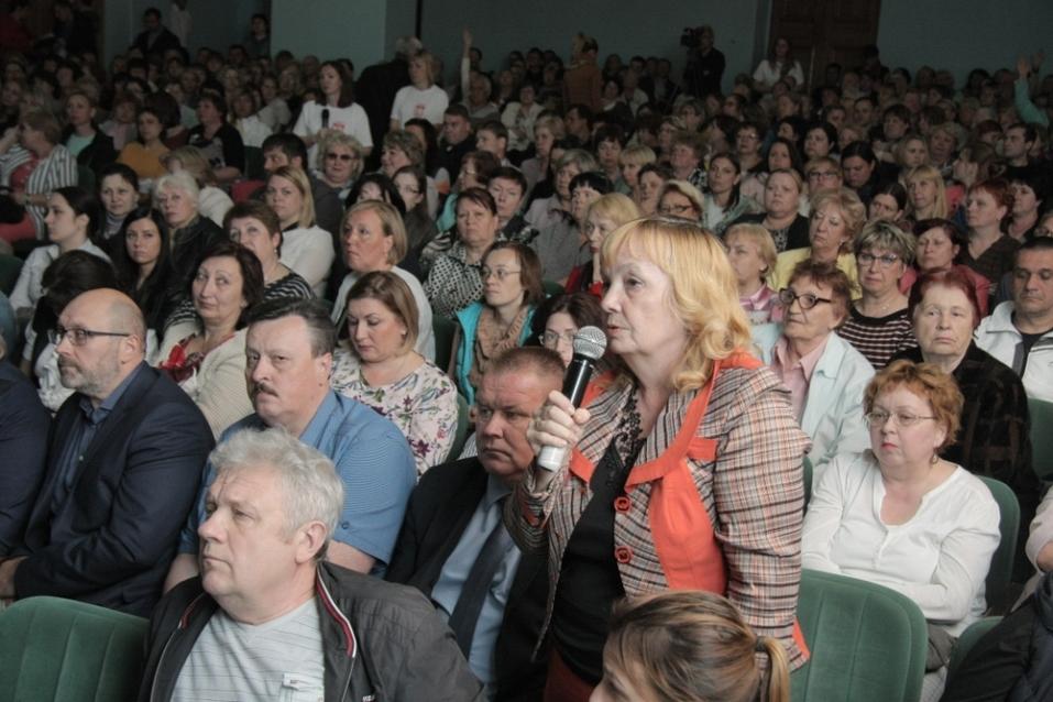 «Трудные и застарелые вопросы». Нижегородский мэр выслушал жителей Московского района 3