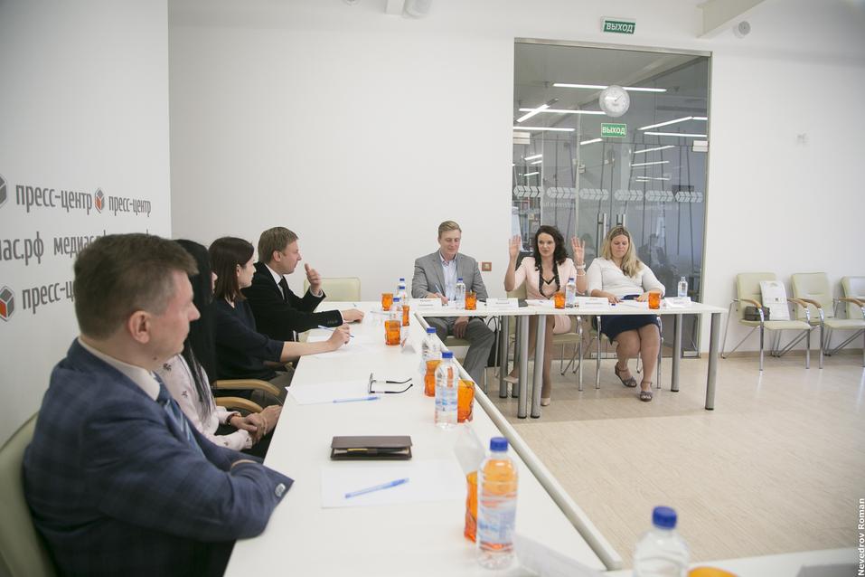 Криптовалюта и истории о стартапах: «Деловой квартал» провел круглый стол с банкирами 6