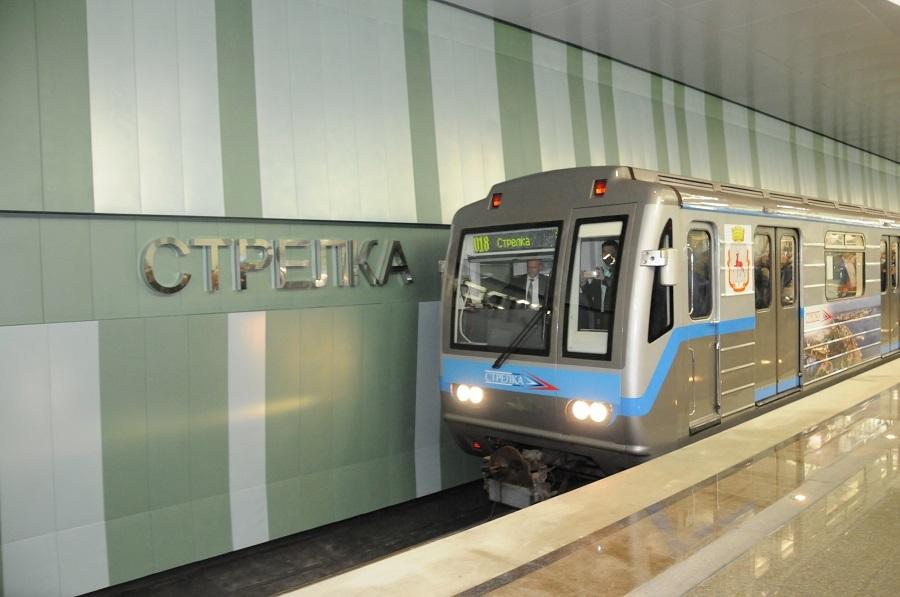 «Это огромное событие». Глеб Никитин открыл станцию метро «Стрелка». ФОТО 1