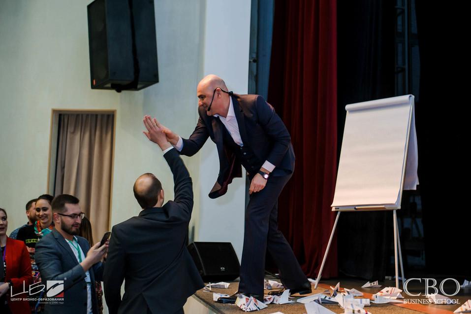Осталось всего 5 дней до программы Радислава Гандапаса в Челябинске 1