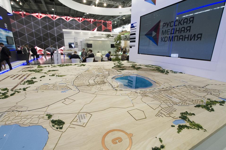Роскошь РМК, тусовка ЧТПЗ и урбан-лавки. Каким Южный Урал выглядит на «Иннопроме» 7
