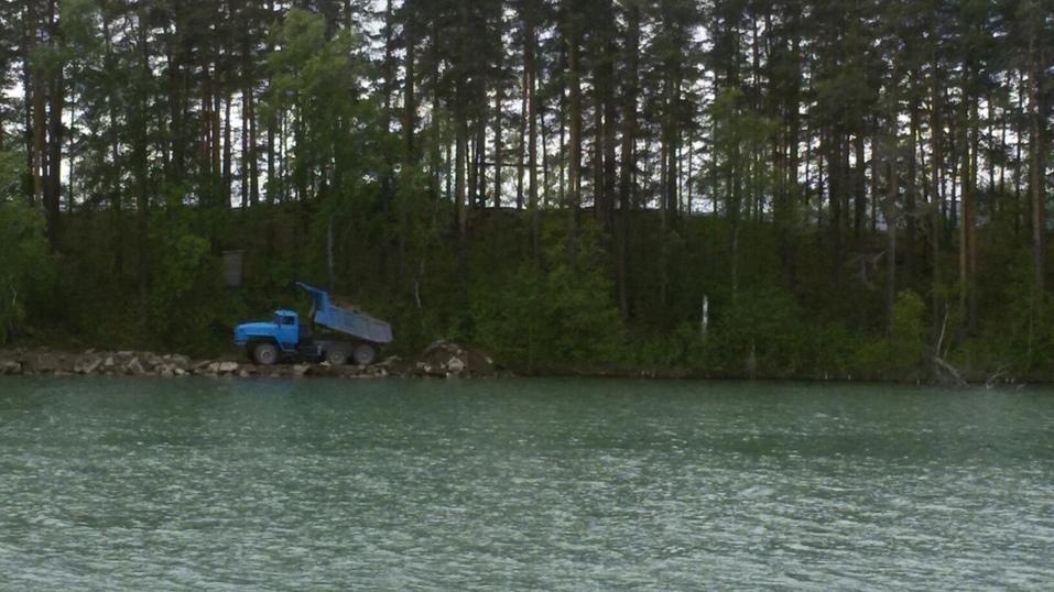 В Челябинской области возбуждено дело в отношении «Золотого пляжа» на озере Тургояк 1