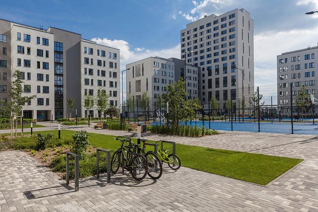Дворы для детей и зеленые улицы. Когда в Екатеринбурге начнут строить дома, как в Европе? 3