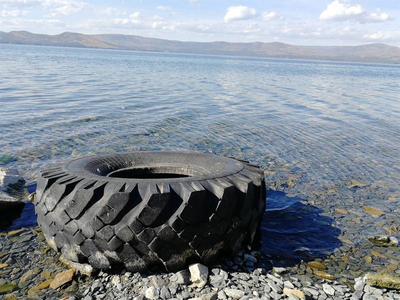 Клуб-отель «Золотой пляж» обвинили в загрязнении озера Тургояк нечистотами  2