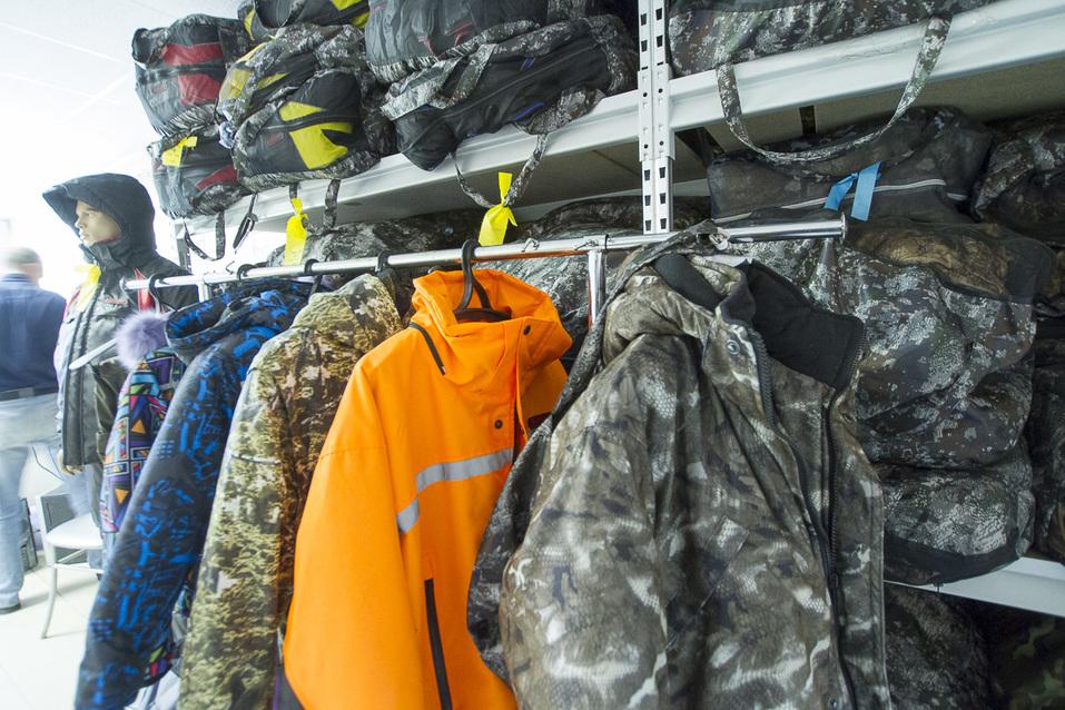 Непотопляемые костюмы поедут с Урала в Европу. Как понравиться Путину, армии и иностранцам 12