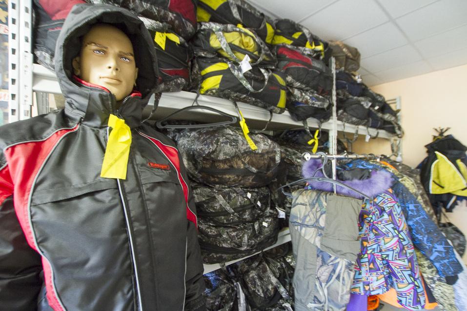 Непотопляемые костюмы поедут с Урала в Европу. Как понравиться Путину, армии и иностранцам 15