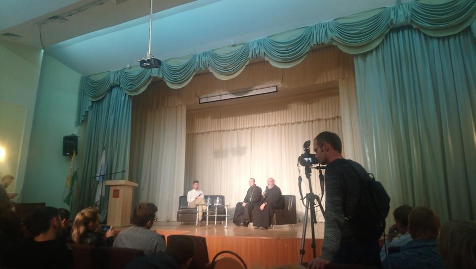 «Только церкви у ЮУрГУ не хватало». Как в Челябинске обсуждали строительство часовни 3
