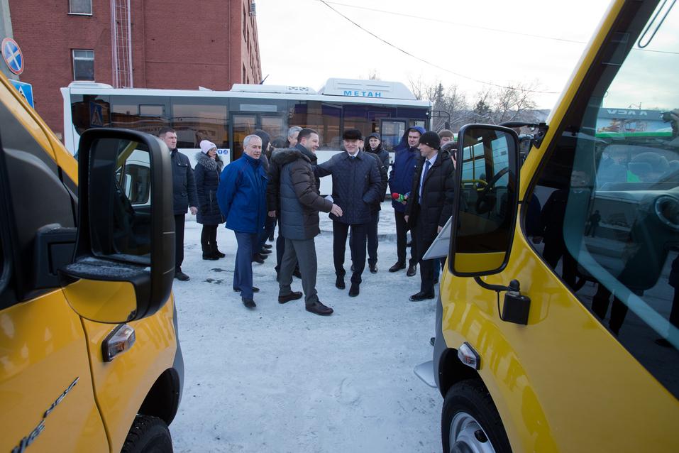 Это не шутки? В Челябинской области «УралАЗ» выпустит маршрутки по экологичной технологии 1