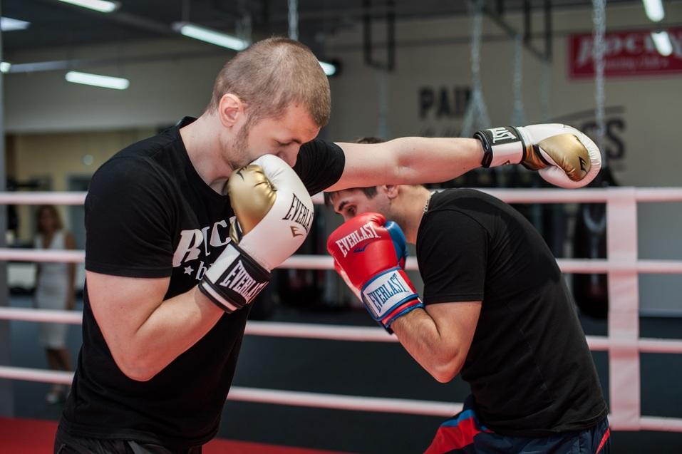 Бокс как фитнес: в Челябинске заработал боксерский клуб для «белых воротничков» 10