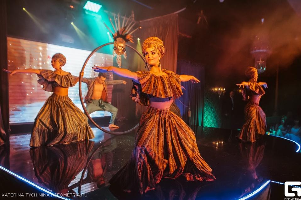 Группа «Винтаж», Анна Плетнева и красотки столичных кабаре: клуб Show Girls отметит 11 лет 2
