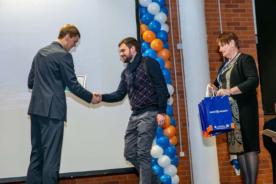 Награждены лучшие малые предприятия Новосибирска    15