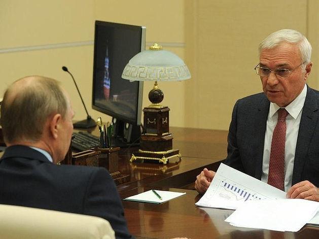 Лучшие тексты недели: удар по «Трактору», пикет в мэрии и дифирамбы Путина Рашникову 5