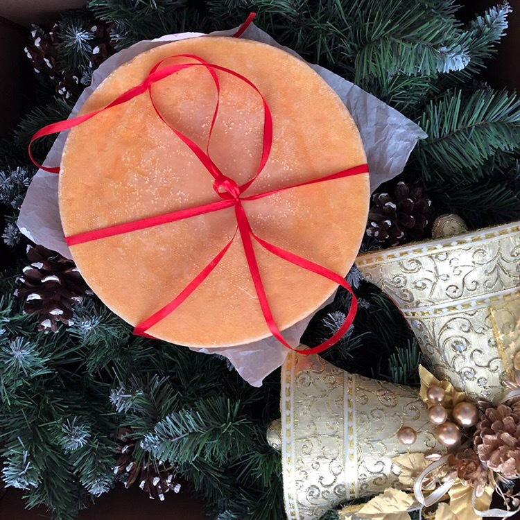 Сырная корзинка из «Красного поля»: подарок с европейским вкусом  1