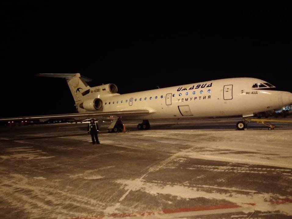 «С небольшой задержкой в 40 минут». Челябинск отправил в Екатеринбург первый самолет 1