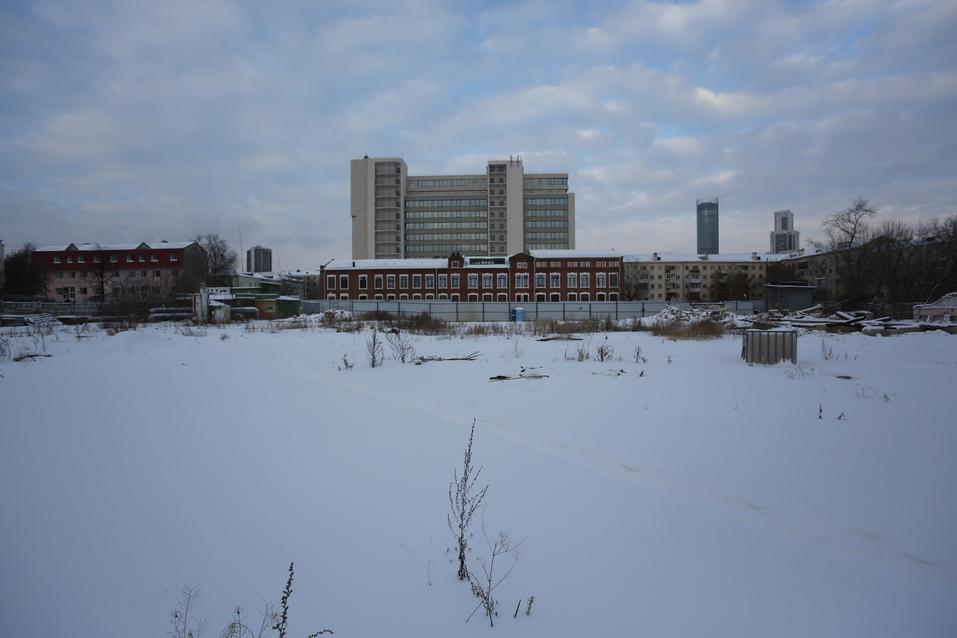 В новый клубный дом в центре города жильцов заманивают бассейном и трехметровыми потолками 1