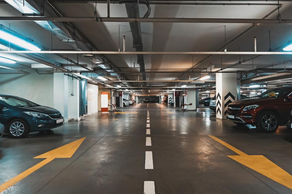 В новый клубный дом в центре города жильцов заманивают бассейном и трехметровыми потолками 4