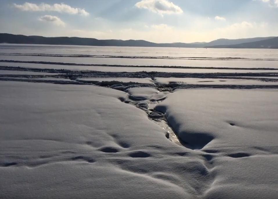 «Трубы под скалами?». На Южном Урале «Золотой пляж» опять обвиняют в загрязнении Тургояка 1
