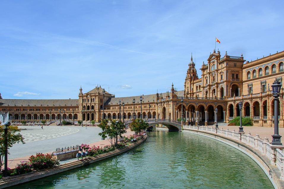 Отпуск в марте: горы, море, дворцы, низкие цены и мало туристов. Куда отправиться? СПИСОК 5
