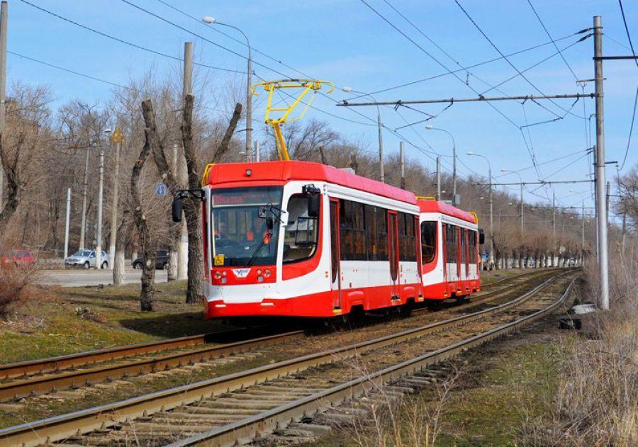 «Единственный шанс!» Рогозин призывает Дубровского закупить трамваи у проблемного завода 1