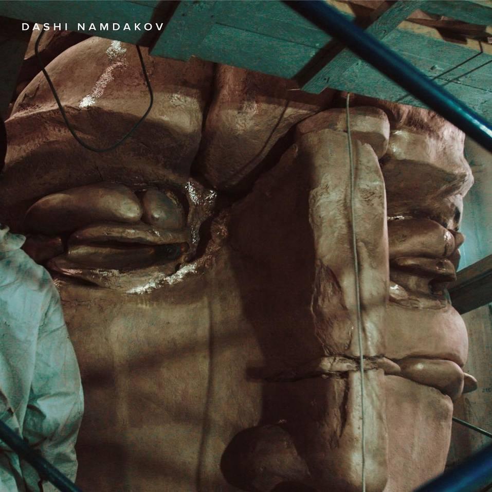 Сегодня торжественное открытие в Красноярске скульптуры Даши Намдакова «Трансформация» 3