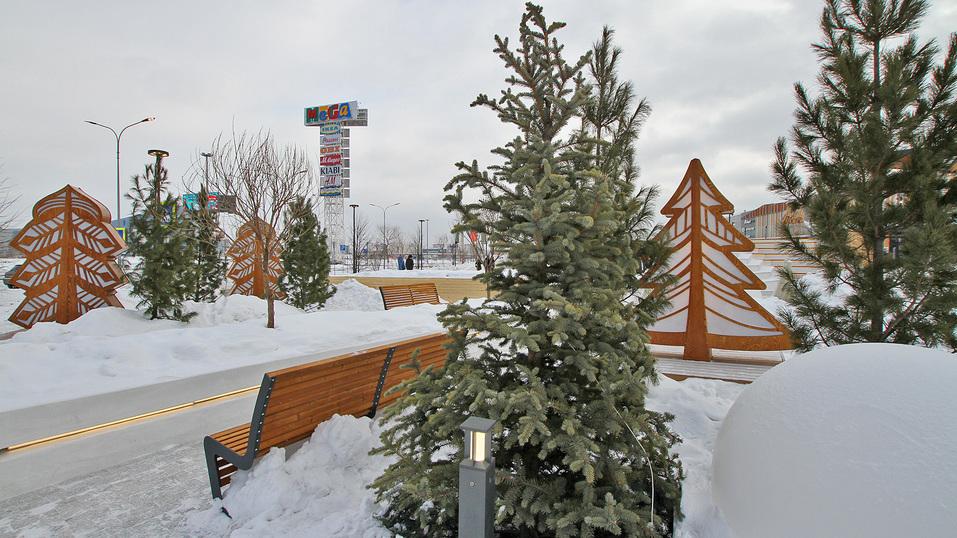 Екатеринбургская «МЕГА» открыла вместо парковки парк за полмиллиарда. Что там особенного? 12