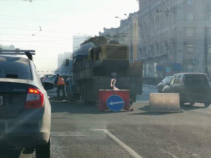Чистят снег и ремонтируют дороги: Челябинск готовится к приезду нового губернатора 1