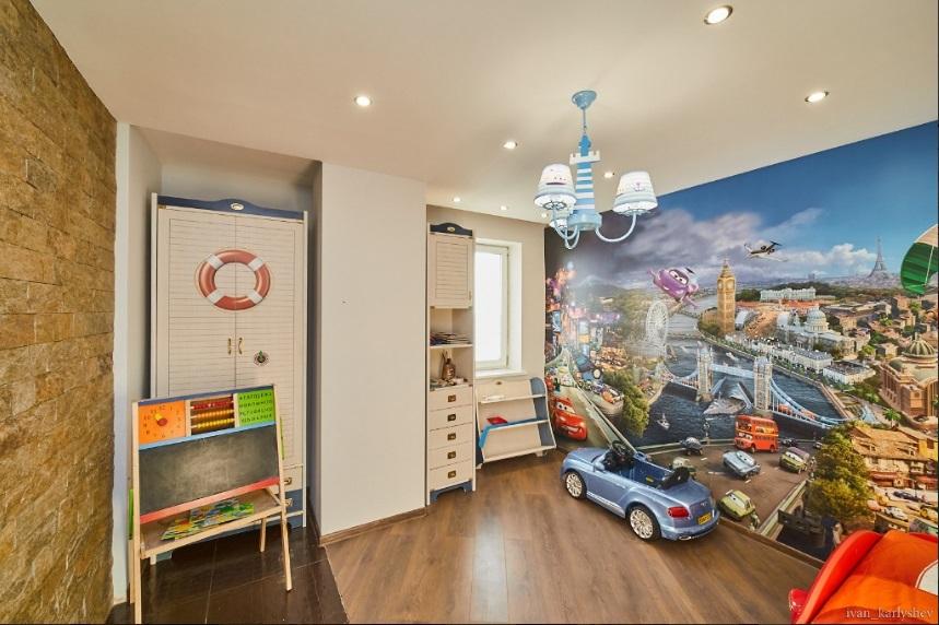 Мини Биг Бен и бюст Аполлона: смотрим, как обустроены самые дорогие квартиры Челябинска 5