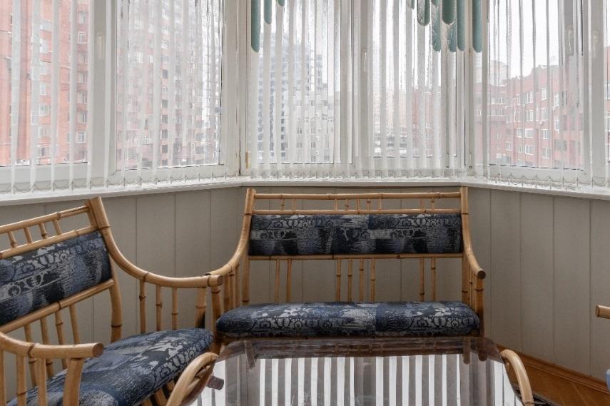 Мини Биг Бен и бюст Аполлона: смотрим, как обустроены самые дорогие квартиры Челябинска 11