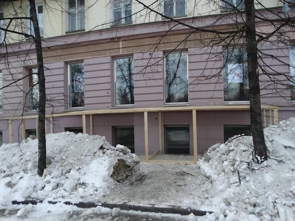 В Челябинске бизнесмену запретили прорубать стену дома на проспекте Ленина 1