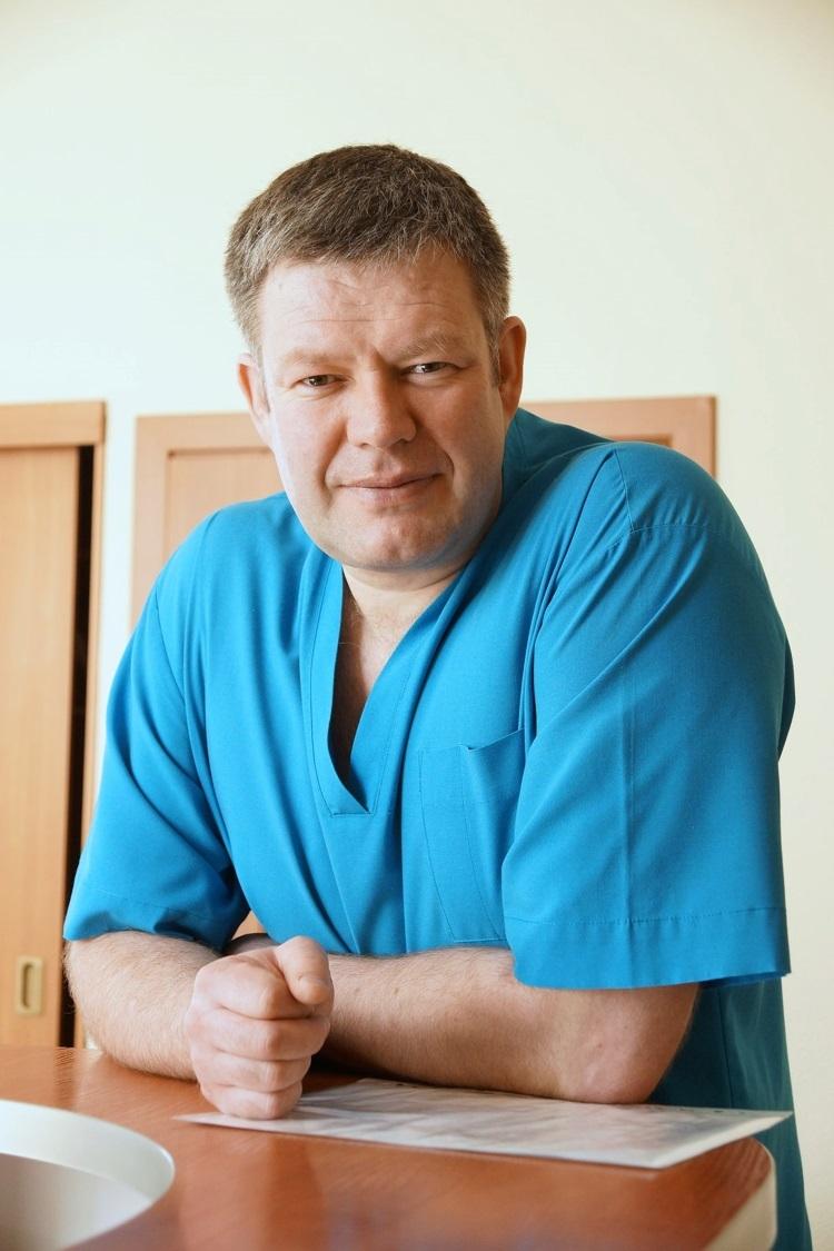 Борис Ефремов. врач-кинезиотерапевт