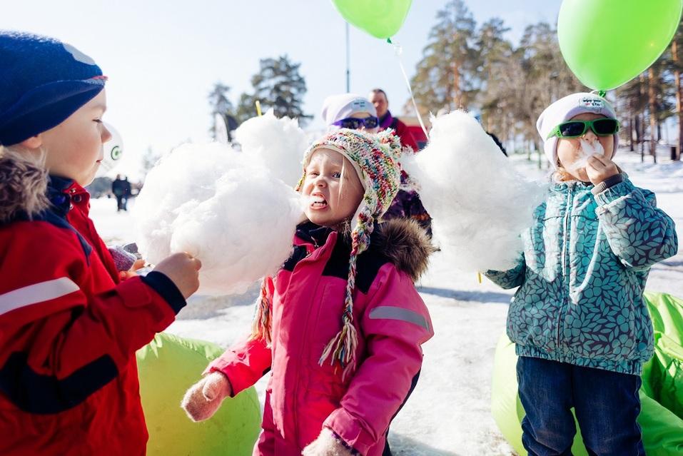 Экстремалы, ветер, паруса: на Тургояке прошел фестиваль по сноукайтингу 7