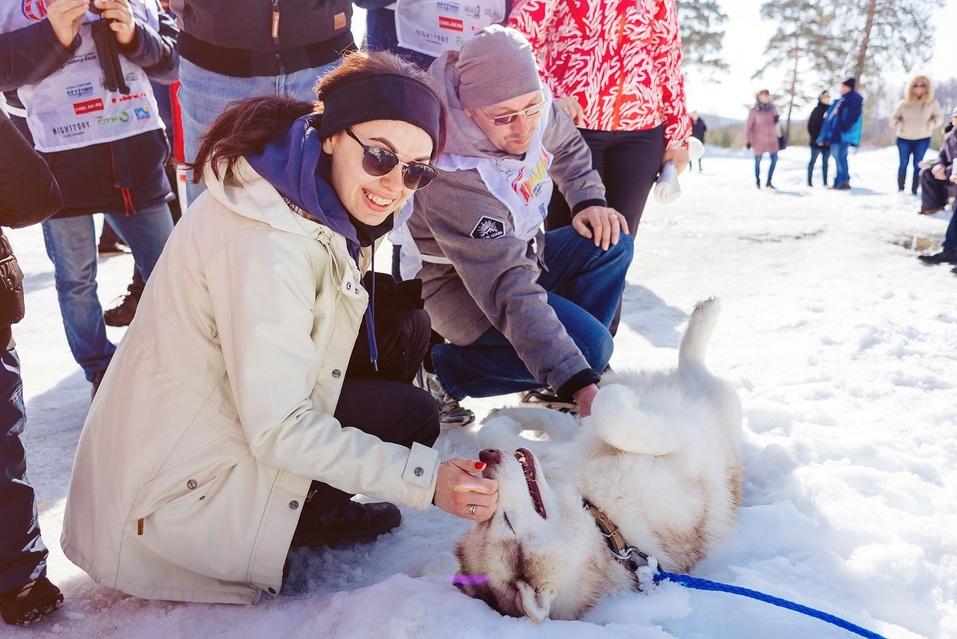 Экстремалы, ветер, паруса: на Тургояке прошел фестиваль по сноукайтингу 11