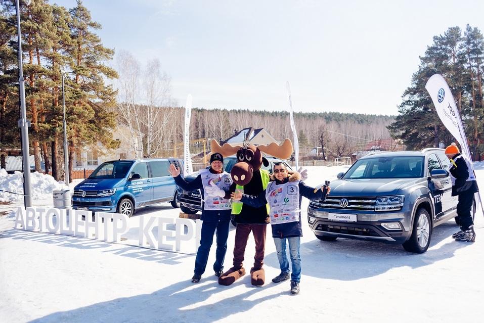 Экстремалы, ветер, паруса: на Тургояке прошел фестиваль по сноукайтингу 6