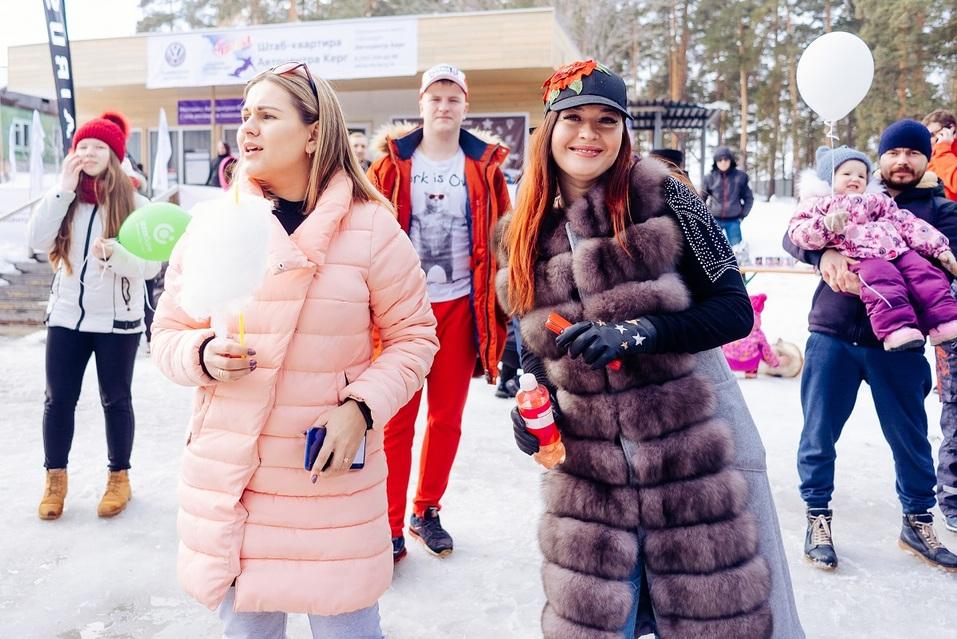 Экстремалы, ветер, паруса: на Тургояке прошел фестиваль по сноукайтингу 14