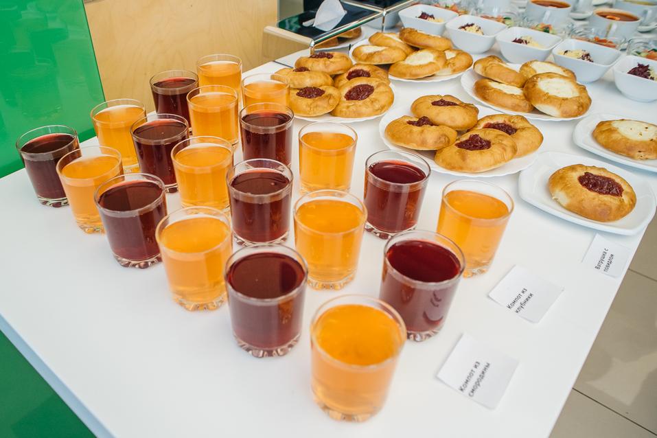 Чем кормят детей в школе? В Екатеринбурге оператор питания показал столовскую еду 4