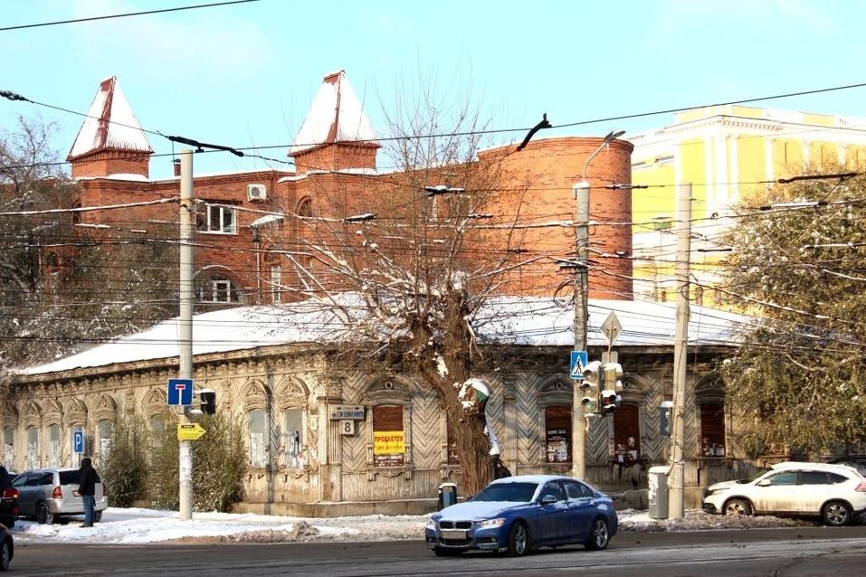 В Челябинске нашли покупателя для особняка, который выставили на продажу за рубль 1