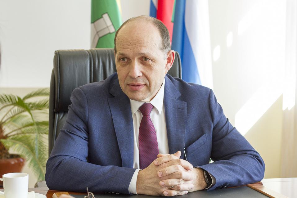Глава Минстроя Михаил Волков: Застраивать «втупую» завод «Уралмаш» никто не собирается 2