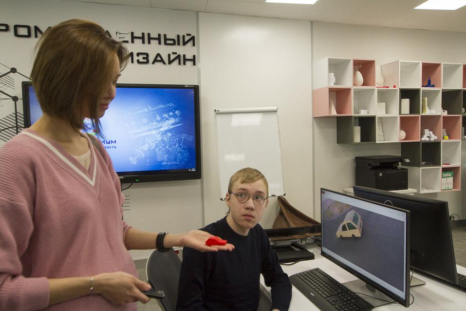 Портфель на колесах, 3D-Путин и помидоры в скафандрах. Изнанка первого детского технопарка 7