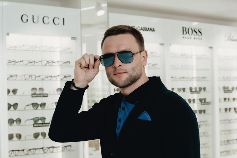 Иван Зубарев: «Обычно покупаю очки в Европе. Удивлен, что и в Екатеринбурге есть выбор» 4
