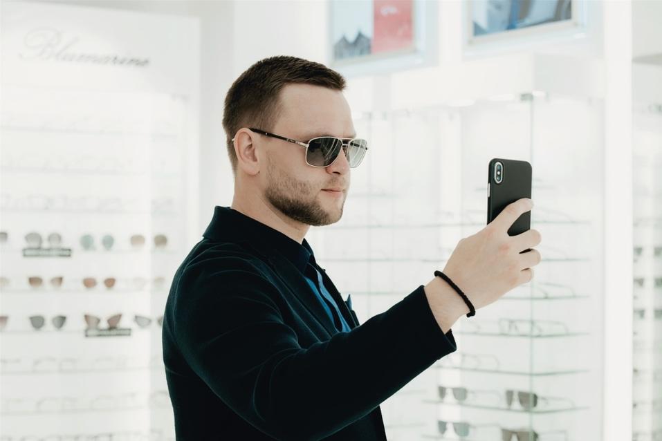 Иван Зубарев: «Обычно покупаю очки в Европе. Удивлен, что и в Екатеринбурге есть выбор» 9