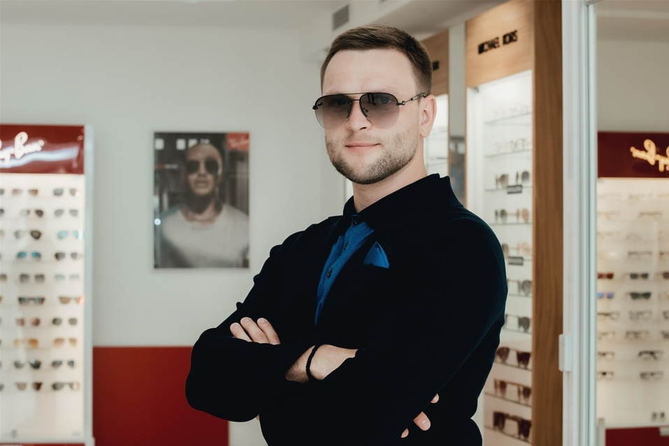 Иван Зубарев: «Обычно покупаю очки в Европе. Удивлен, что и в Екатеринбурге есть выбор» 12