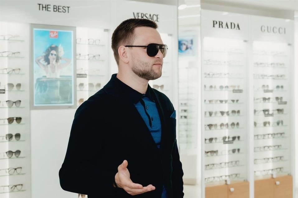 Иван Зубарев: «Обычно покупаю очки в Европе. Удивлен, что и в Екатеринбурге есть выбор» 16