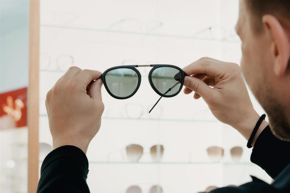 Иван Зубарев: «Обычно покупаю очки в Европе. Удивлен, что и в Екатеринбурге есть выбор» 17