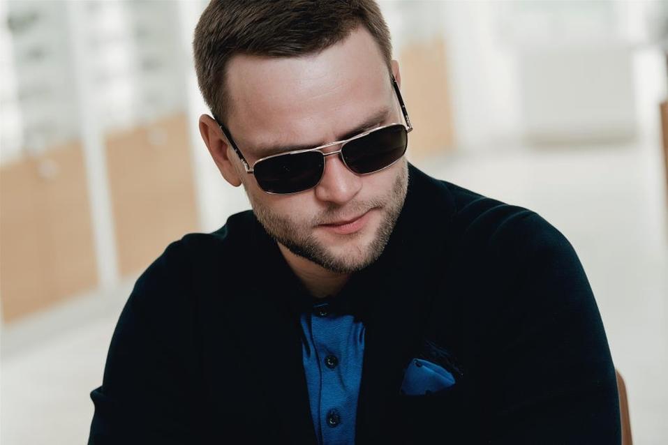 Иван Зубарев: «Обычно покупаю очки в Европе. Удивлен, что и в Екатеринбурге есть выбор» 20