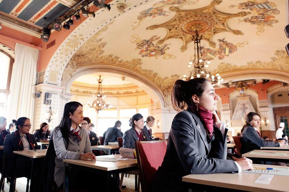 Swiss Education Academy, (Швейцария, Лейзин)