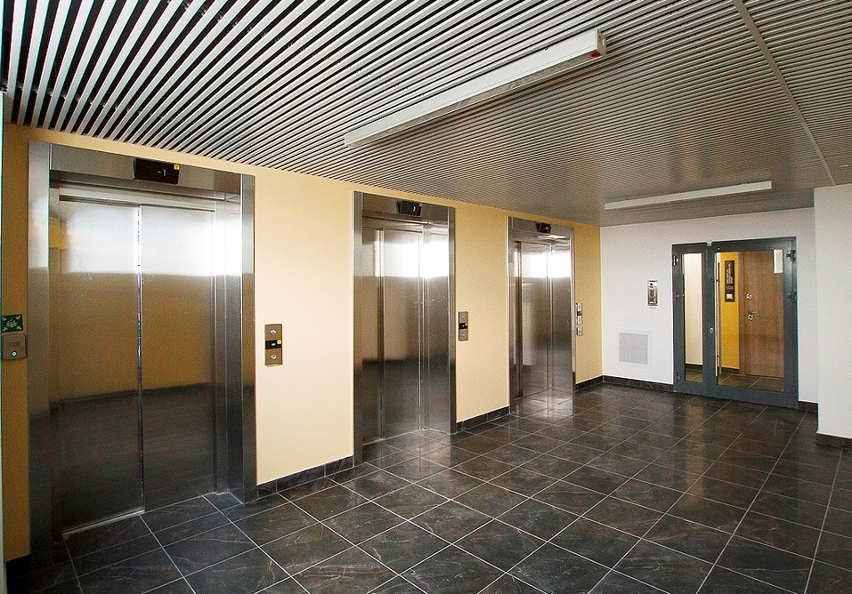 Лифтовый холл