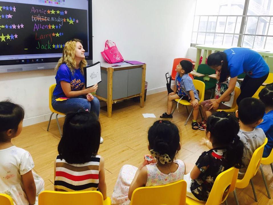 «Там очень ценят учителей». Как уехать в Китай и зарабатывать 270 тыс. руб. в месяц 3