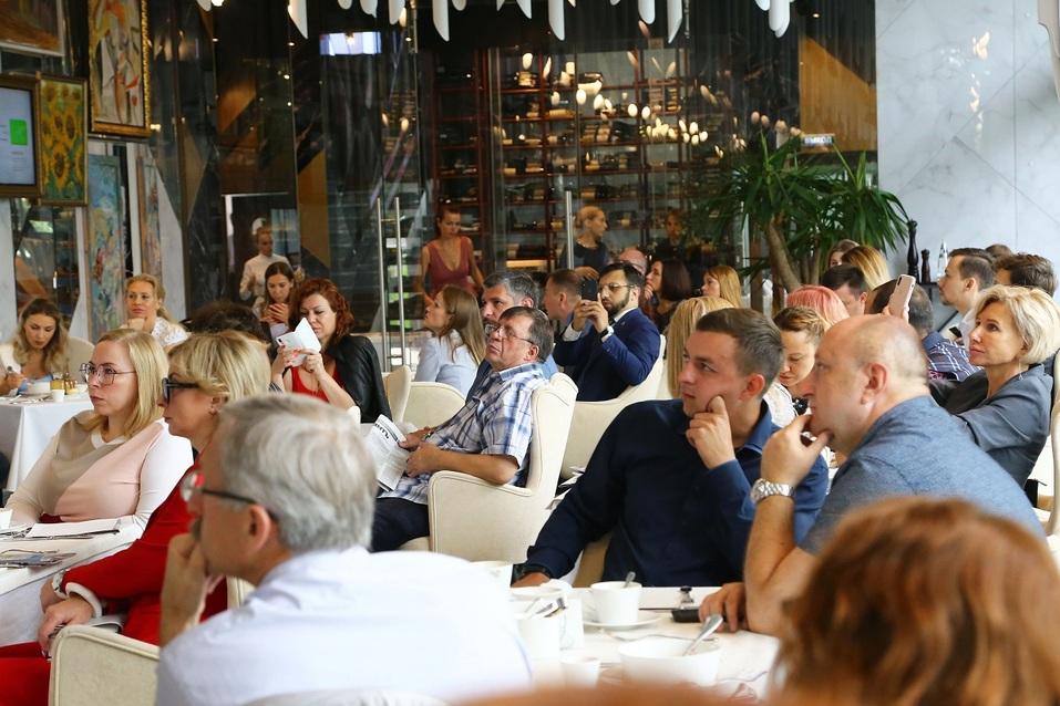 Как прошел бизнес-завтрак «Делового квартала»? Фотоотчет 8